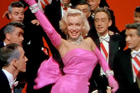 gentlemen-prefer-blondes-marilyn-monroe-02_large_0.jpg